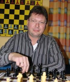 Rochade-Urgestein Michael Waschek wird 50