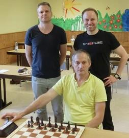 Rochade-Trainer Schmaltz sichert sich Triple