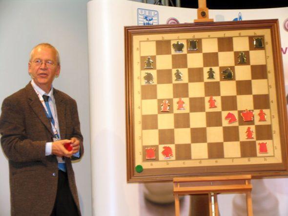 Helmut Pfleger wird 75