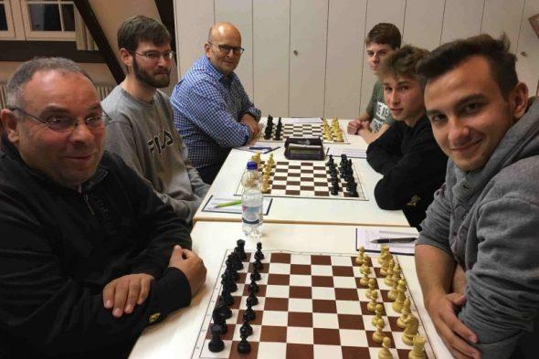 Klumpp und Scheuermann eine Runde weiter